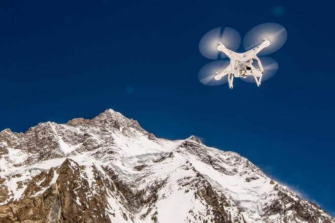 Petr Jan Juračka: Hustej Vědec S Dronem, Co Fotí Brebery A Leze Na K2