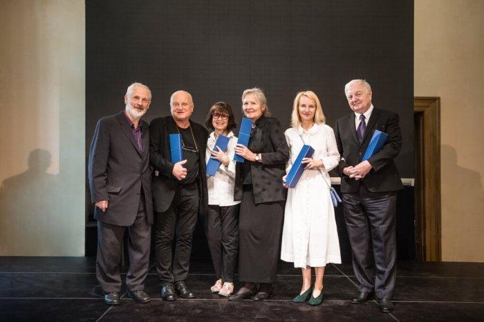 UMPRUM Udělila čestné Doktoráty 6 Významným Osobnostem