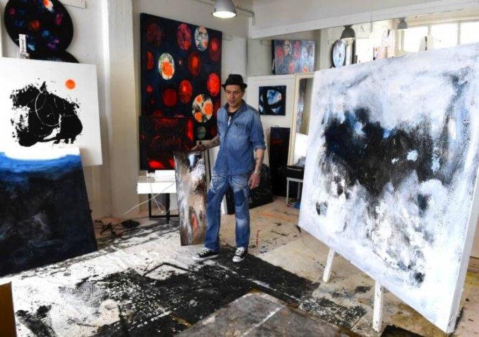 Terapie Uměním – Projekt Šance S Umělcem Dominikem Marešem