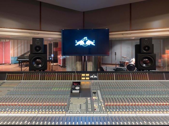 Red Bull Music Academy: Neformální A Zábavný Způsob, Jak Si Rozšířit Hudební Vzdělání