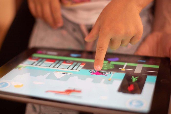Ackee Vypustilo Do Světa Aplikaci Pro Neslyšící Děti