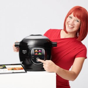 Miss IFA präsentiert Produktneuheiten zur IFA 2018: Krups Cook4Me + Connect Multikocher CZ7158 von Groupe SEB  Miss IFA presents new products 2018: Krups Cook4Me + Connect multi cooker CZ7158 by Groupe SEB