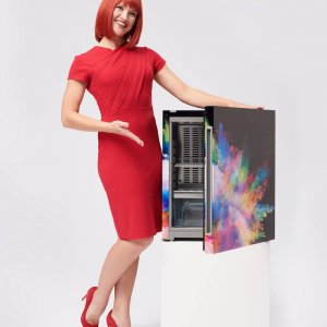 Miss IFA präsentiert Produktneuheiten zur IFA 2018: MyStyle Explosionsmodell: Dein Kühlschrank - Dein Design von Liebherr  Miss IFA presents new products 2018: MyStyle Explosion model: Your refrigerator - your design by Liebherr