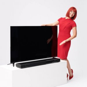 Miss IFA präsentiert Produktneuheiten zur IFA 2018: MonitorLine und Sonata 1 von TechniSat  Miss IFA presents new products 2018: MonitorLine and Sonata 1 by TechniSat