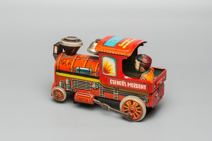 Dobrovolníci Cesty Domů A Café Archa Barista Zvou Na Výstavu A Prodej Kuriózních Předmětů