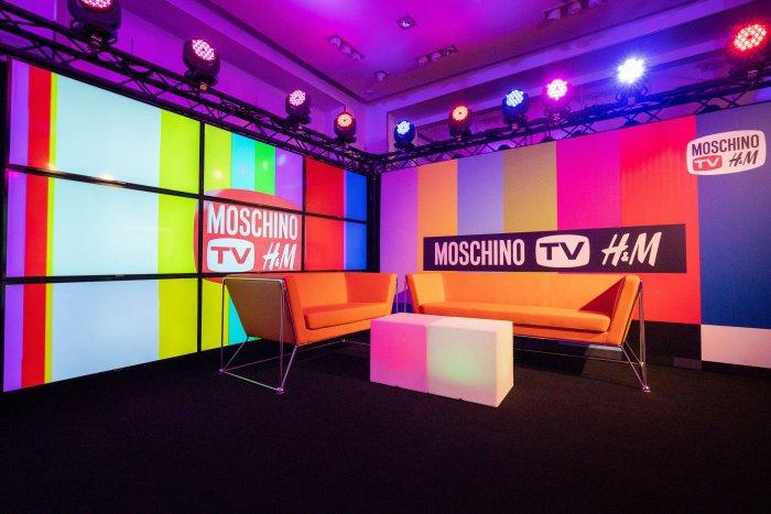 Disco Party V Stylu 90. Let Na Oslavu Nové Designerské Kolekce MOSCHINO [tv] H&M!
