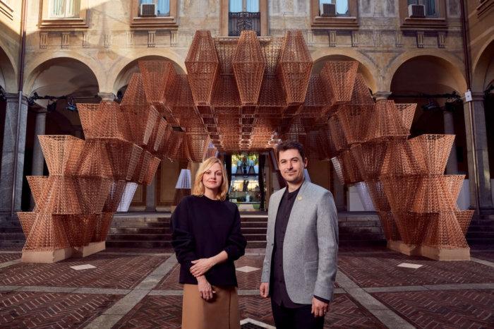 Milano Design Week: COS Odhalila Velkoplošnou Instalaci Conifera