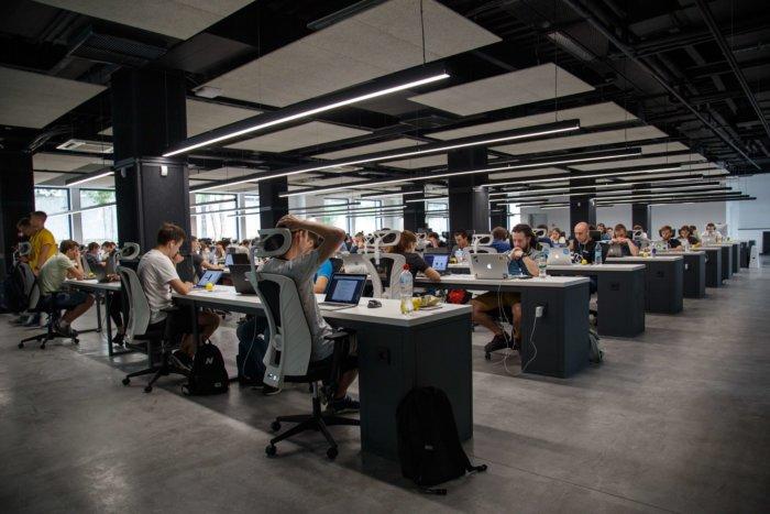 Český Startup řešísoustředění I Spokojenost V Kancelářích