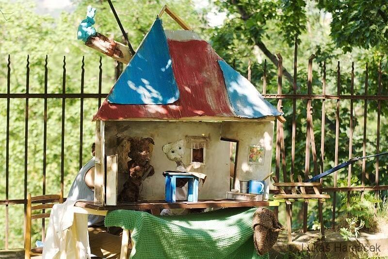 Z představení O pejskovi a kočičce, foto Gauč ve Stromovce