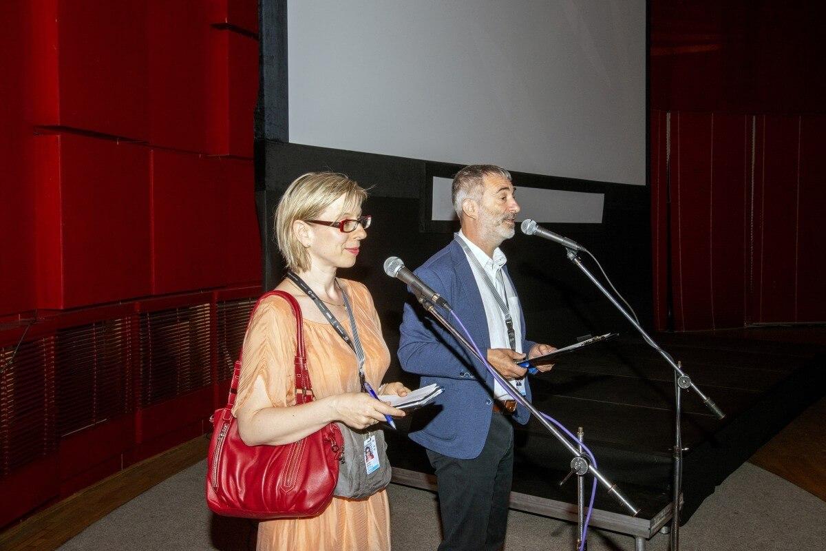 B63a Tlumocnice Daniela Zitkova A Moderator Petr Vacek