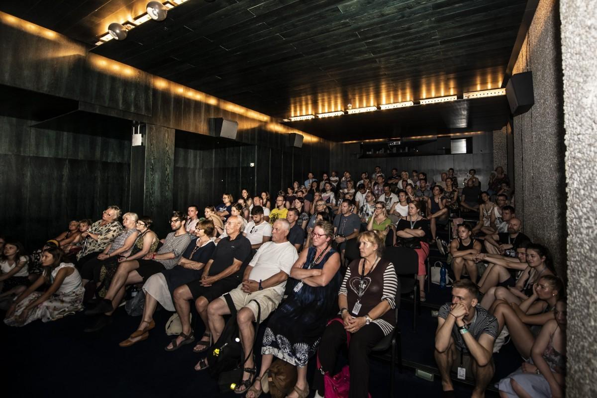 E919 Uvod K Festivalu Kratkych Filmu Praha