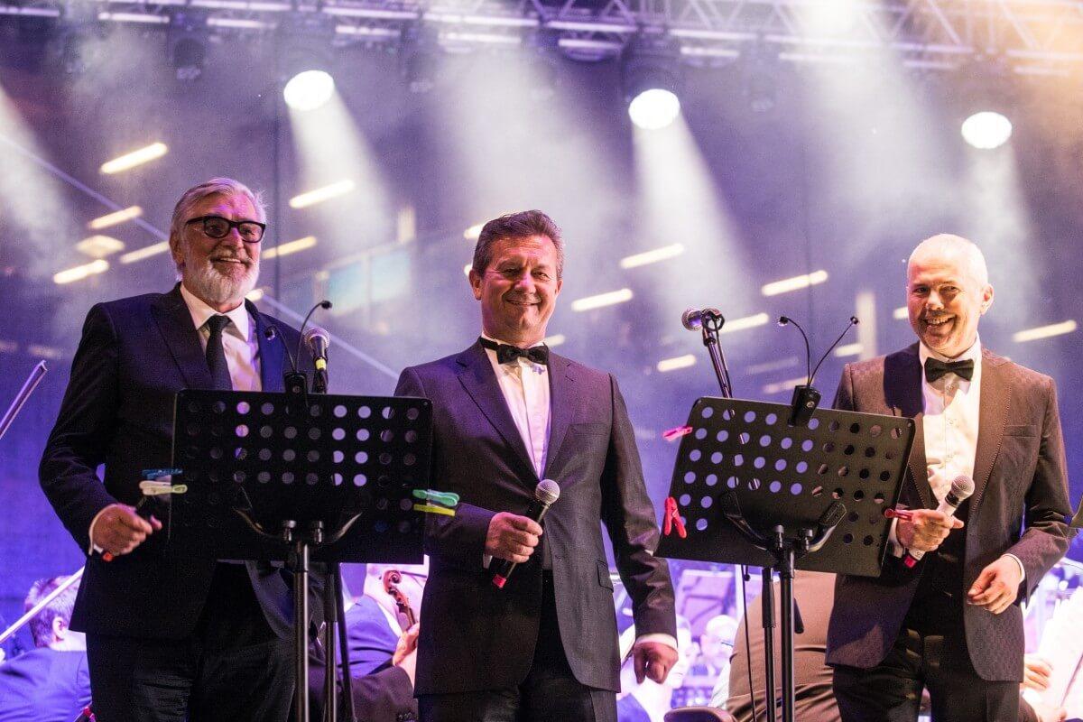 E3a4 Prezident Festivalu Jiri Bartoska Generalni Reditel Unipetrolu K