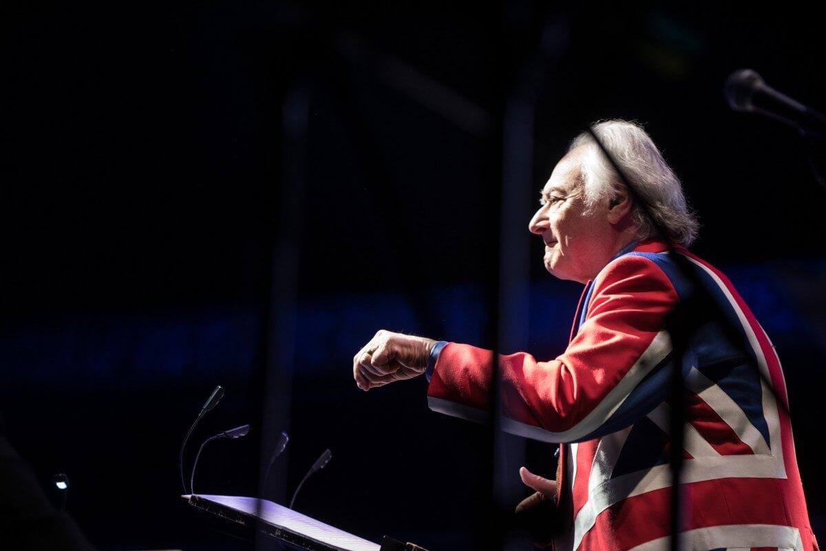 E5d8 Dirigent Carl Davis