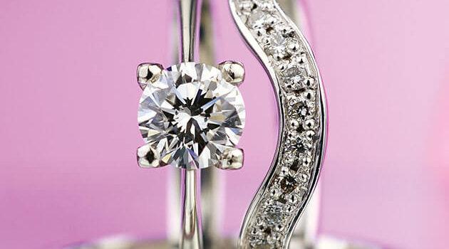Svatební Sada Zásnubního A Snubního Prstenu Z Bílého Zlata S Diamanty Esterstyl WEBSIZE