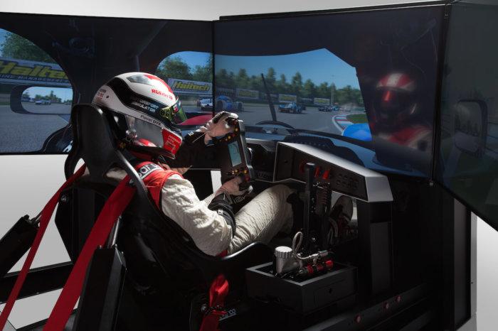 Zkusili Jsme: Simulátory Formule A Boeingu