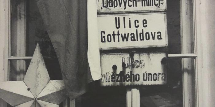 Zatloukal - Okupovaná Filozofická Fakulta UP úlovky Studentů