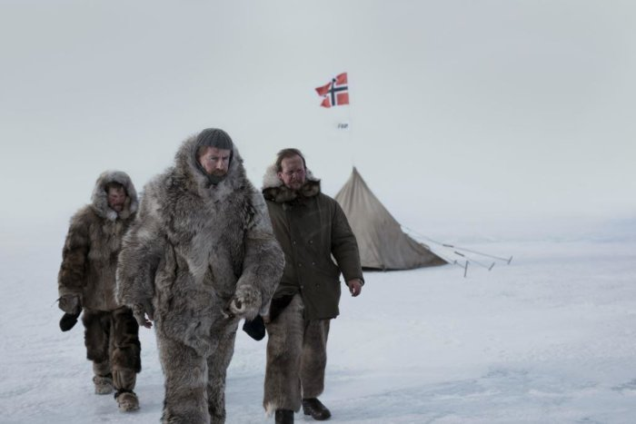 Amundsen Míří Do Kin
