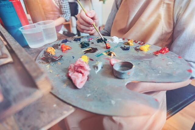 Výtvarný Ateliér Malování A Kreslení Otevírá Novou Pobočku Na Žižkově