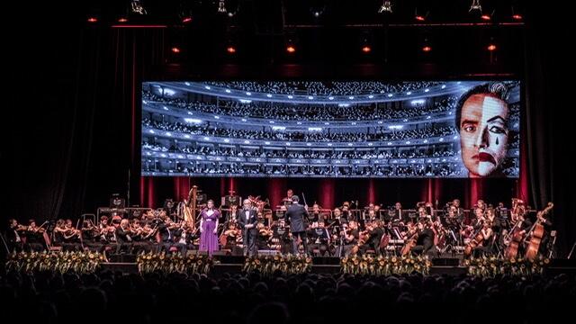 Carmina Burana V Podání Bohemian Symphony Orchestra Prague Rozezní V Dubnu Obecní Dům