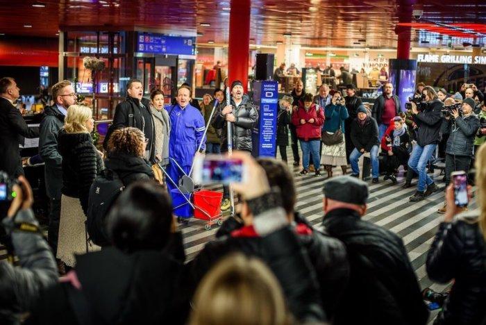 Chystané Otevření Státní Opery: Unikátní Flashmob Na Hlavním Nádraží + Videomapping Na Silvestra