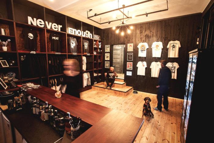 Never Enough BlackBox Store: Panáky I Nákupy V Jednom