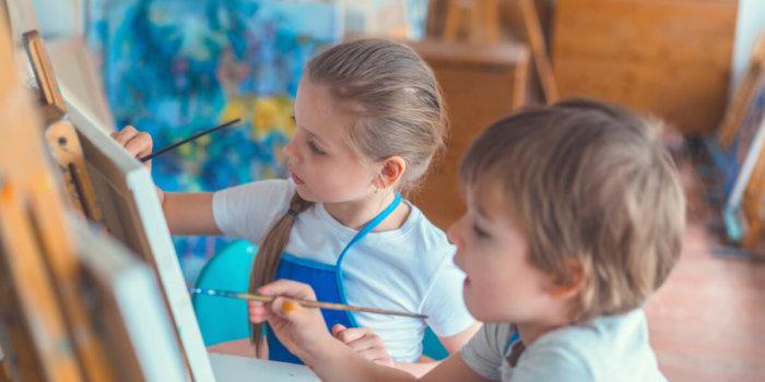 Foto: Výtvarný Ateliér Malování A Kreslení