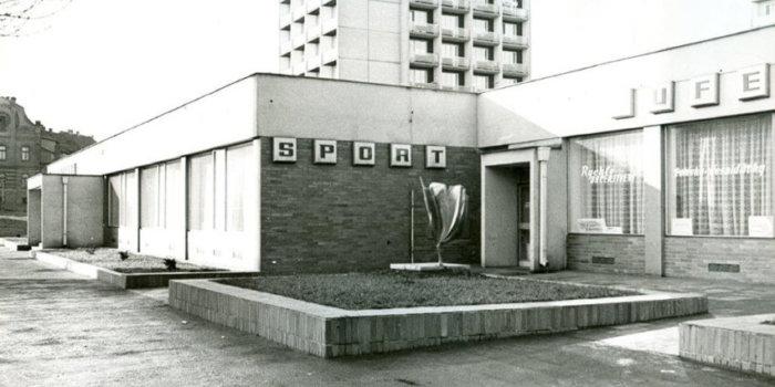 Rudolf Svoboda, Tulipán, 1975, Slaný