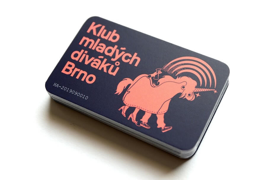 Členská kartička Klubu mladých diváků Brno_Foto Sviatlana Buyevich