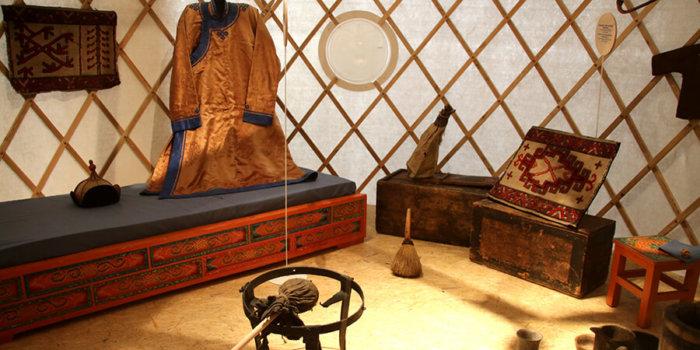 Doma Na Sibiři_foto: Národní Muzeum