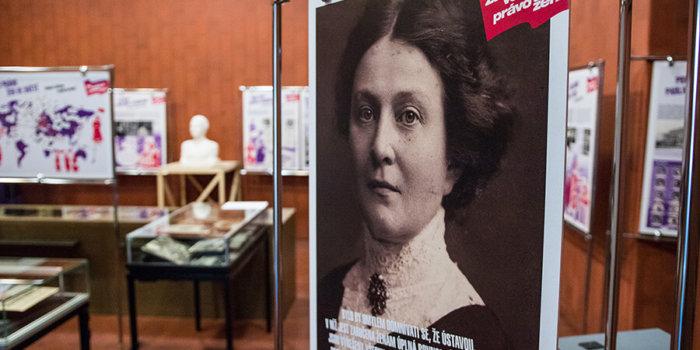 Za Volební Právo žen!_Foto: Národní Muzeum