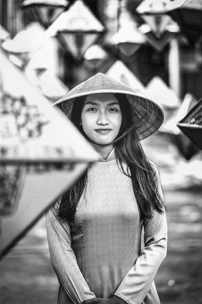 Young model Pham Hoàng Dieu photographed in the Imperial City, Hue Vietnam