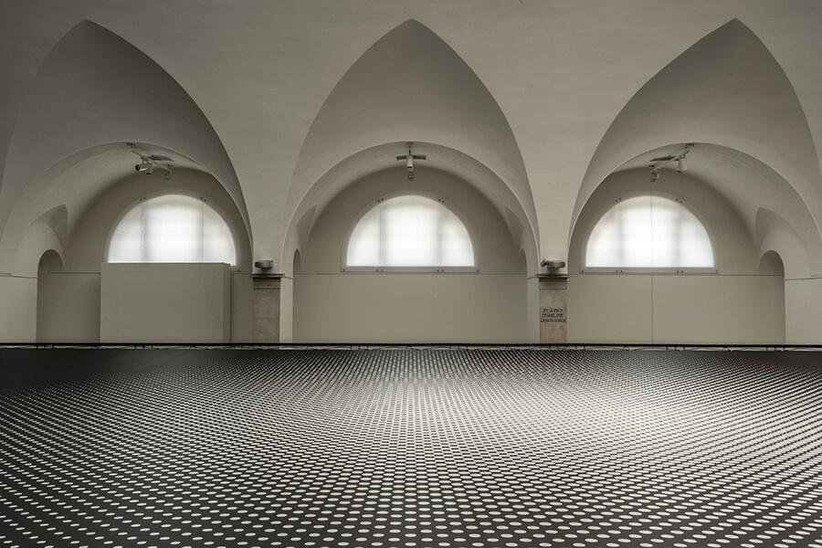 Fotografie instalace od jednoho z autorů - Dávida Sivého