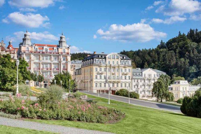 Lázeňské Hotely Nabízejí I Slevy