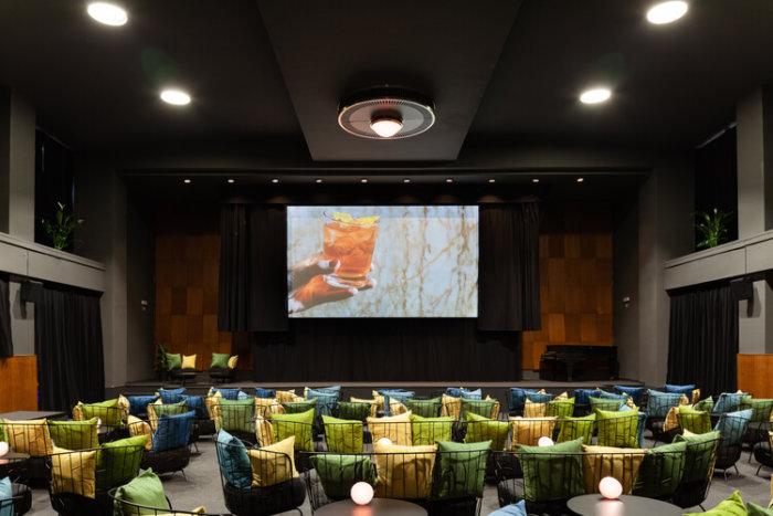 V Pondělí 25. Května Otevírá Butikové Kino Přítomnost