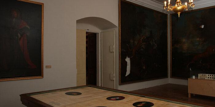 Regionální Muzeum V Mikulově, Zámek Mikulov