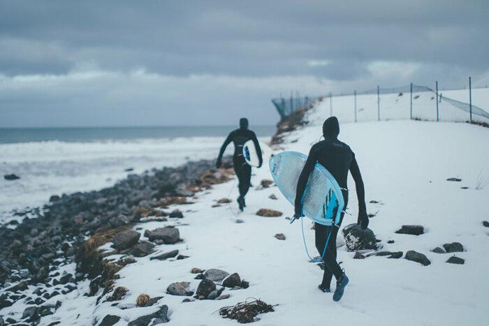 Between Fjords: Surfařský Dokument Z Islandu Se Dočká Své Premiéry