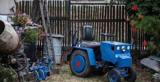 Kutilove_traktor_Národní Muzeum