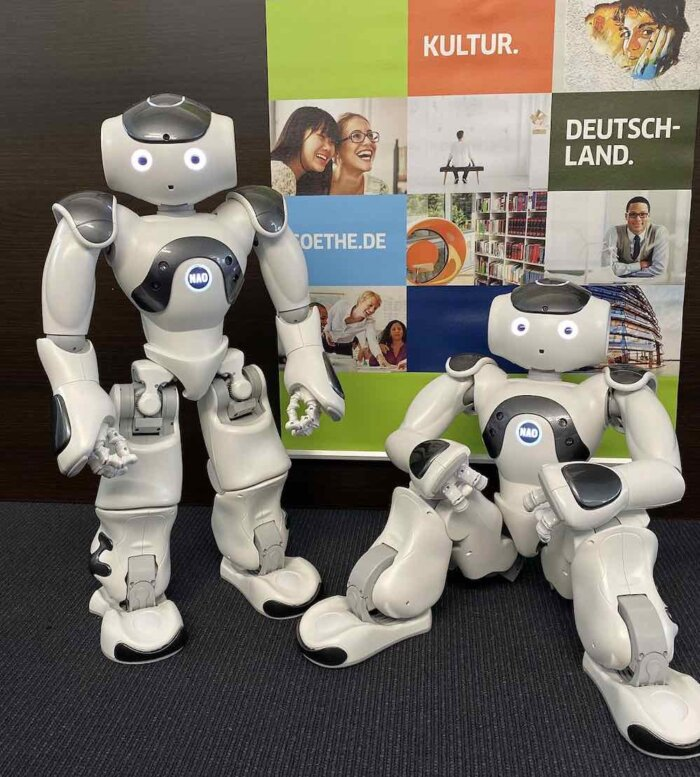 Mluví, Tančí A Vypráví Německé Vtipy: Robot NAO 6 V Goethe-Institutu.