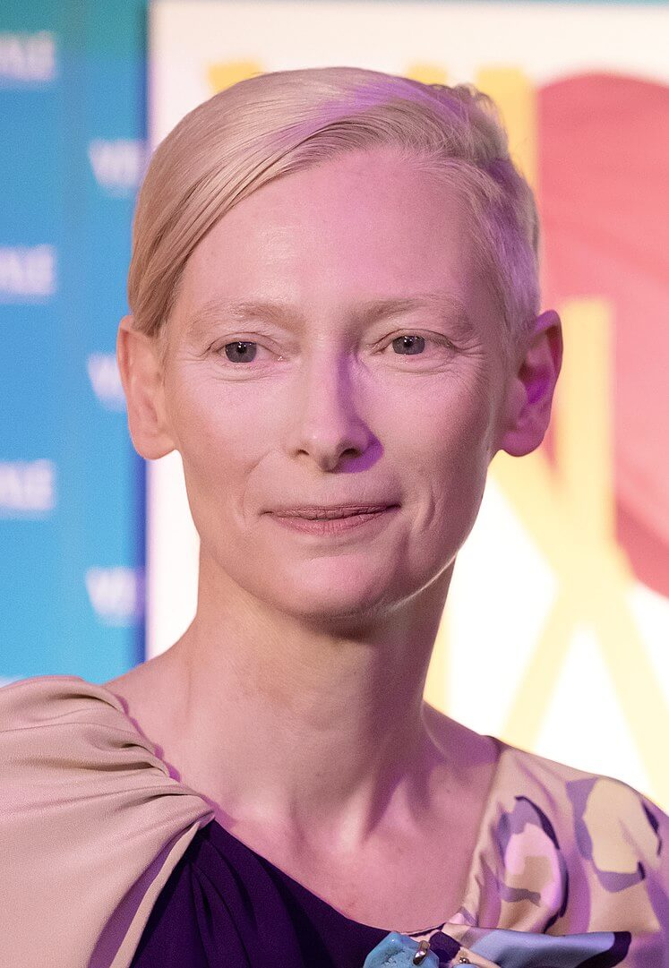 Tilda Swinton na Viennale 2018 / By Manfred Werner (Tsui)/CC by-sa 4.0, CC BY-SA 4.0, https://commons.wikimedia.org/w/index.php?curid=77132538
