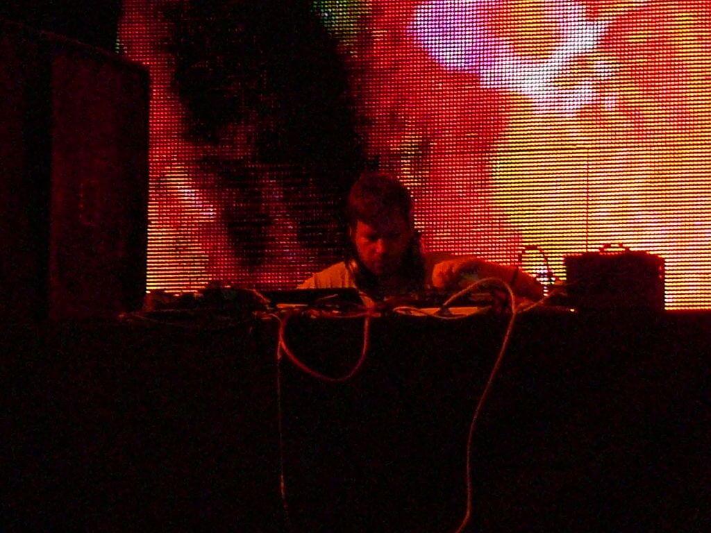 By Octavio Ruiz Cervera - Aphex Twin At Coachella 2008, CC BY-SA 2.0, https://commons.wikimedia.org/w/index.php?curid=45754873