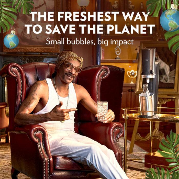 Video Dne: Snoop Dogg Přeje Smyslupné Svátky V Reklamě Na SodaStream