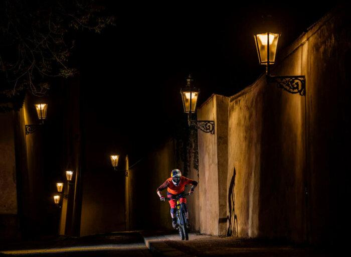 Ze Hry Do Reality A Zpět. Biker A Mistr Světa Tomáš Slavík Hrdinou Nevšedního Videa