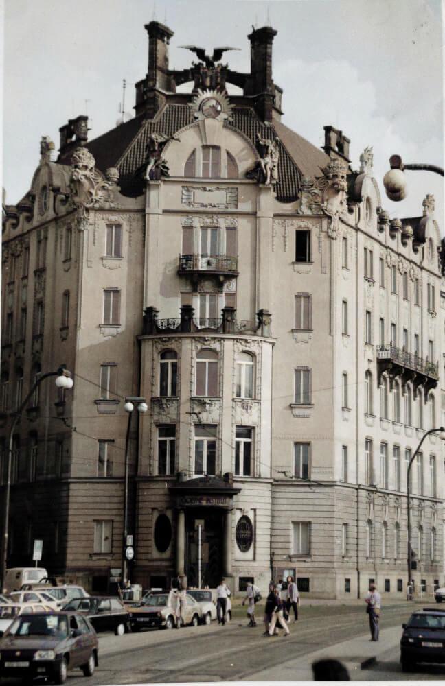 Goethe Institut v 90. letech 20. století. Foto Goethe Institut