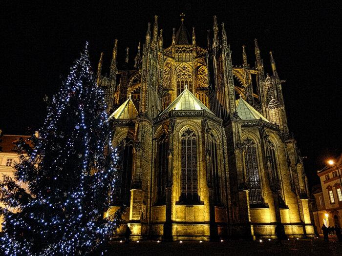 Vánoce V Koronavirové Střední Evropě: Které Tradice Budeme Muset Letos Oželet?