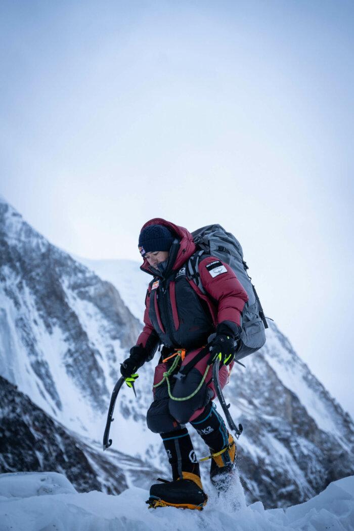 """K2 POKOŘENA V ZIMĚ: Nepálská Horolezecká Výprava Překonala """"poslední Velkou Výzvu Horolezectví"""""""