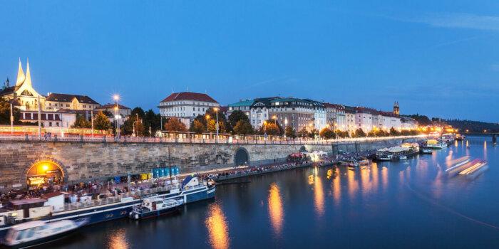 Rašínovo Nábřeží, Foto Praha.eu
