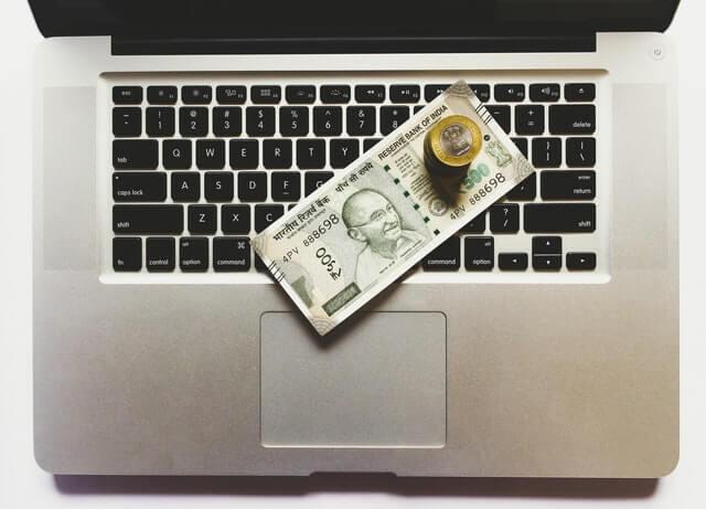 Mobilních Hrozeb Loni Celkově Ubylo, Nebezpečně Však Narostl Počet Bankovních Trojanů A Ransomwaru