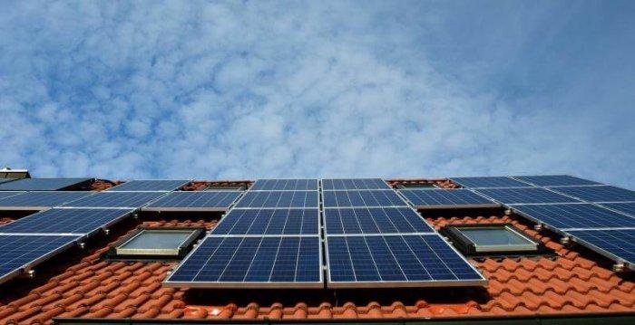 Praha Učinila První Krok K Vybudování Pražské Sluneční Elektrárny