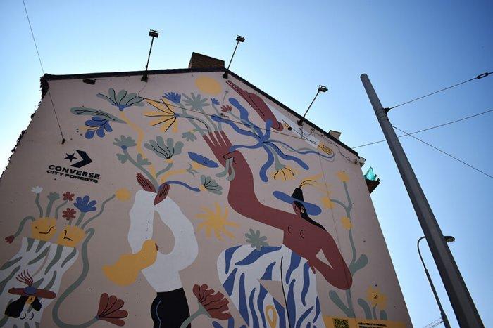 Smíchov Má Nový Mural Realizovaný V Rámci Celosvětového Projektu City Forest Converse