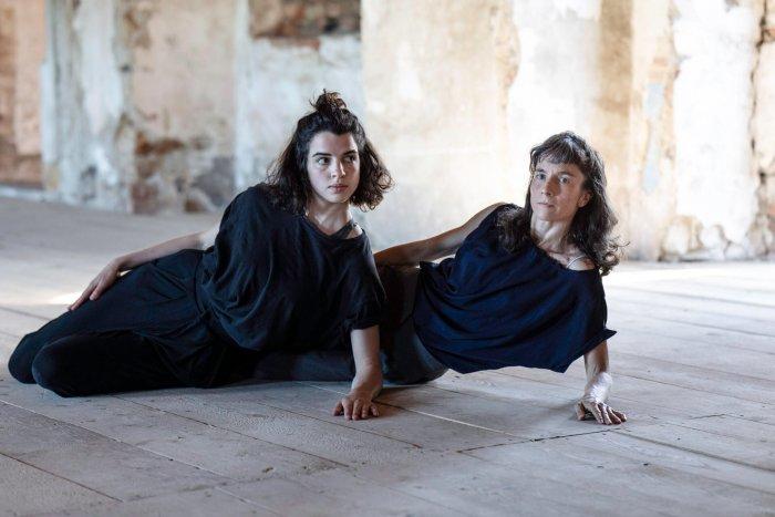Nothing Else, Mothers. Autorská Inscenace O Vztahu Matky A Dcery Bude Mít Premiéru V Paláci Akropolis